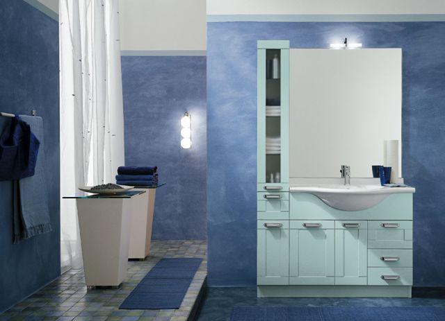 Arredo bagno classico con vasca [tibonia.net]